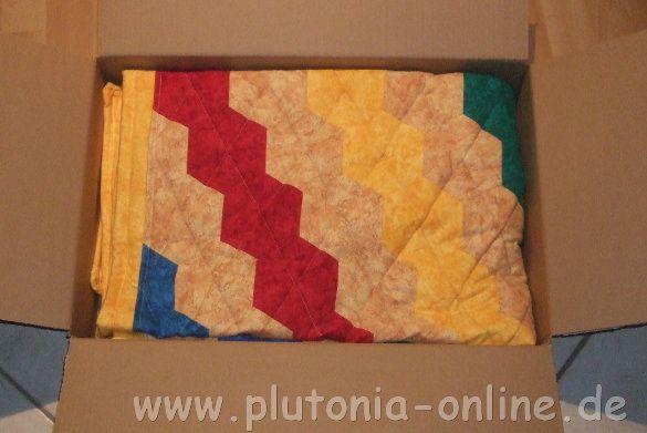 Patchwork-Babydecke aus Hexagon genäht